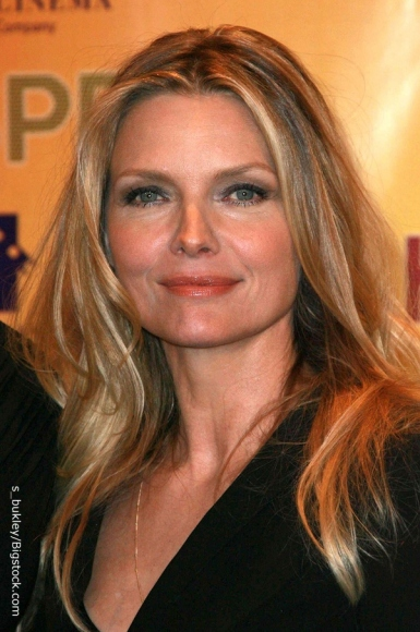 Michelle Pfeiffer And Michelle Pfeiffer Twitter Feed And Bio